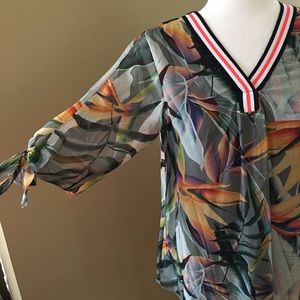 Printed silk blend blouse by Lola. Italy